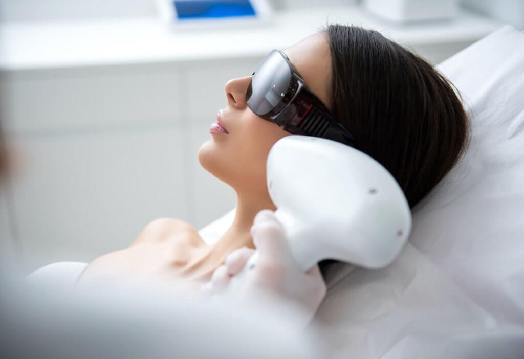 laser ear hair removal process 1024x702
