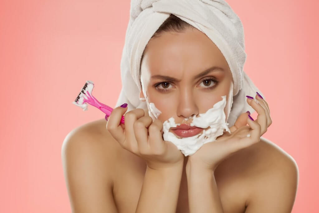 shaving facial hair 1024x683